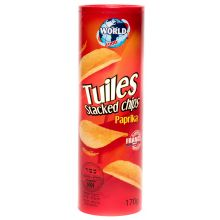 Tuiles Stacked Paprika Flavoured Crisps