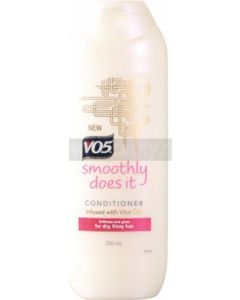 V05 Smoothly Does It Conditioner for Dry, Frizzy Hair